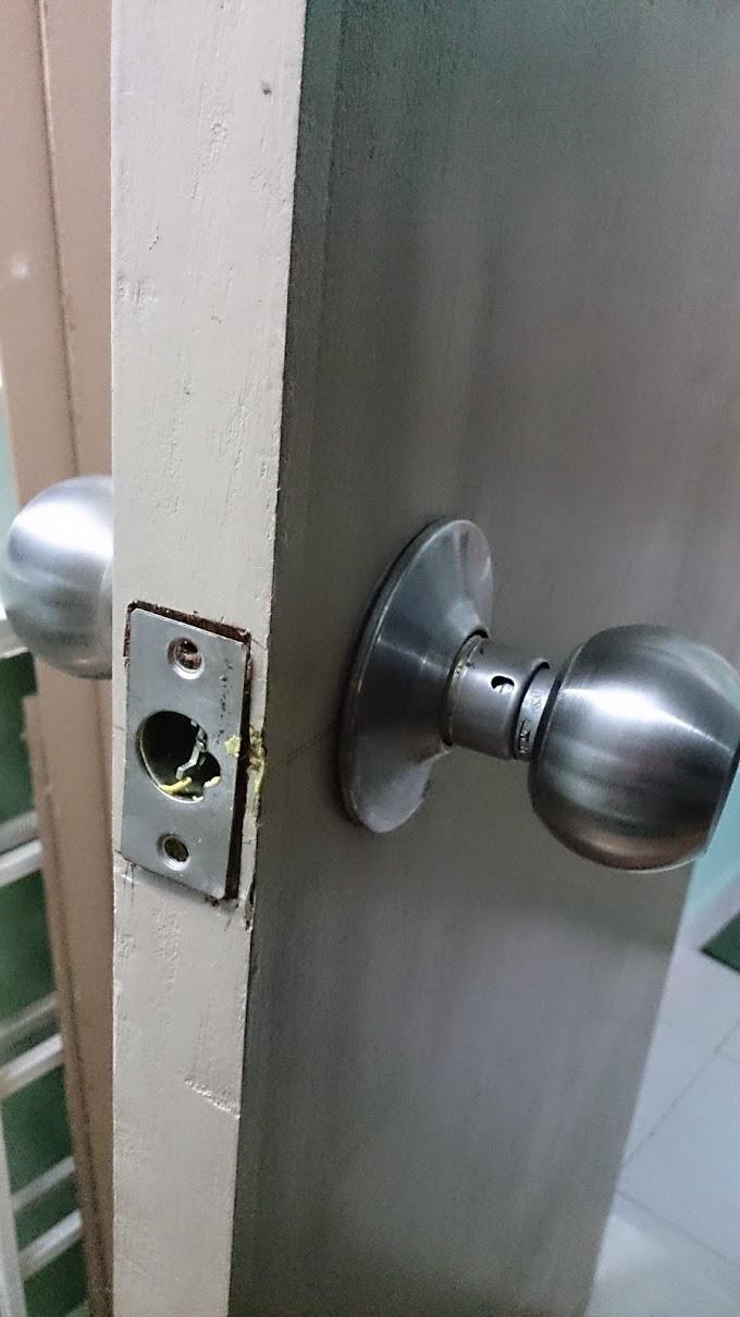 Penukaran dan pemasangan Tombol Pintu kayu