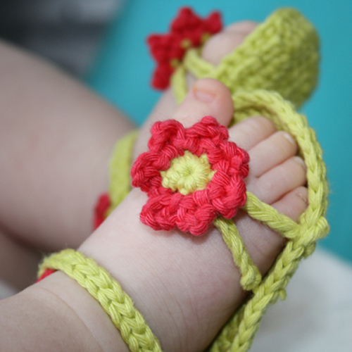 Flower Power Baby Sandals - Free Pattern