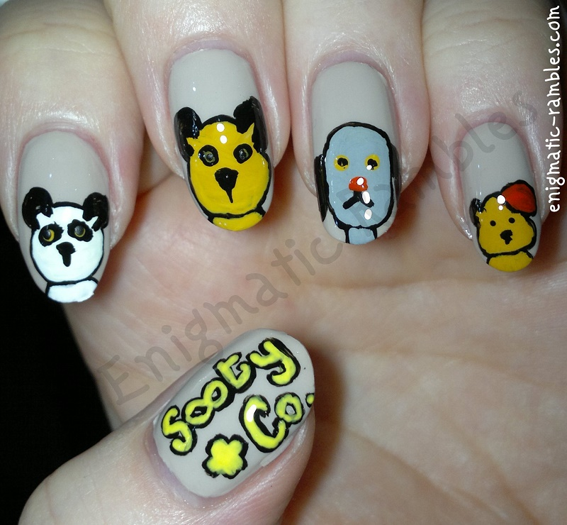 sooty-and-co-nails-nail-art-freehand-sweep-scampi-soo