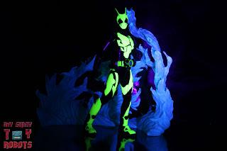 S.H. Figuarts Kamen Rider Zero-One Rising Hopper 15