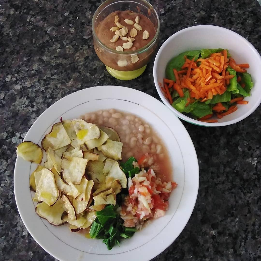 Almoço vegano, dieta vegana saudável. Saúde, veganismo.