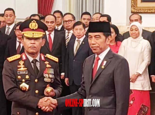 Kapolri Jenderal Pol Idham Dilantik Oleh Presiden Joko Widodo di Istana Negara