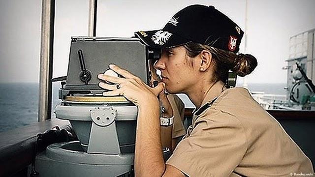 Χριστίνα Ρούτση, μια Ελληνίδα στο γερμανικό υπ. Άμυνας