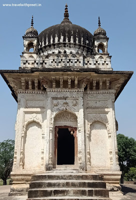 प्रतापेश्वर मंदिर खुजराहो - Pratapeshwar Temple Khajuraho