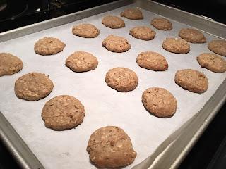 gluten free Oatmeal Whoopie Pies