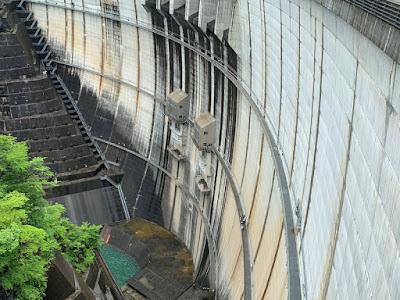 川治ダムの底