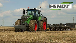 Fendt-1050-Vario-Row-Crop-Tractor