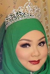 diamond floral tiara crown princess sarah brunei nurul amal ni'matullah