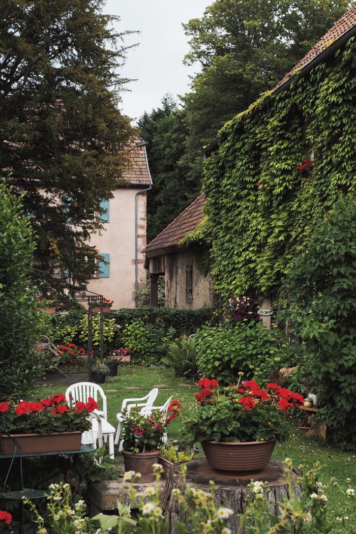 Se promener dans le village de Murbach en Alsace