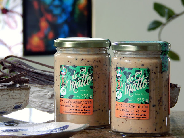 Fettuccine de Cacau ao Molho de Amendoim