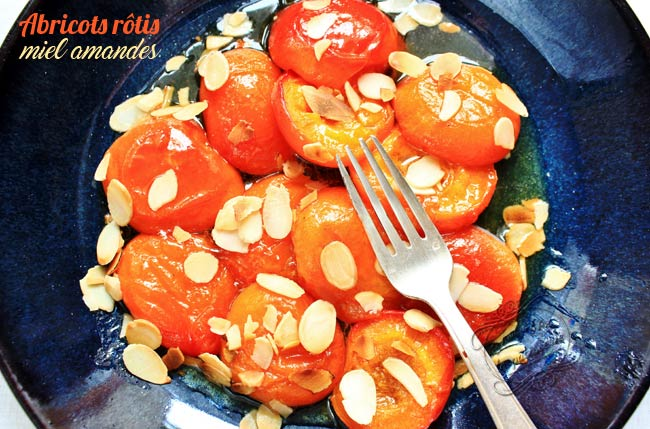 abricots-rotis-miel-amandes