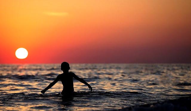 Arti Mimpi Berenang Dan Cara Menyikapinya