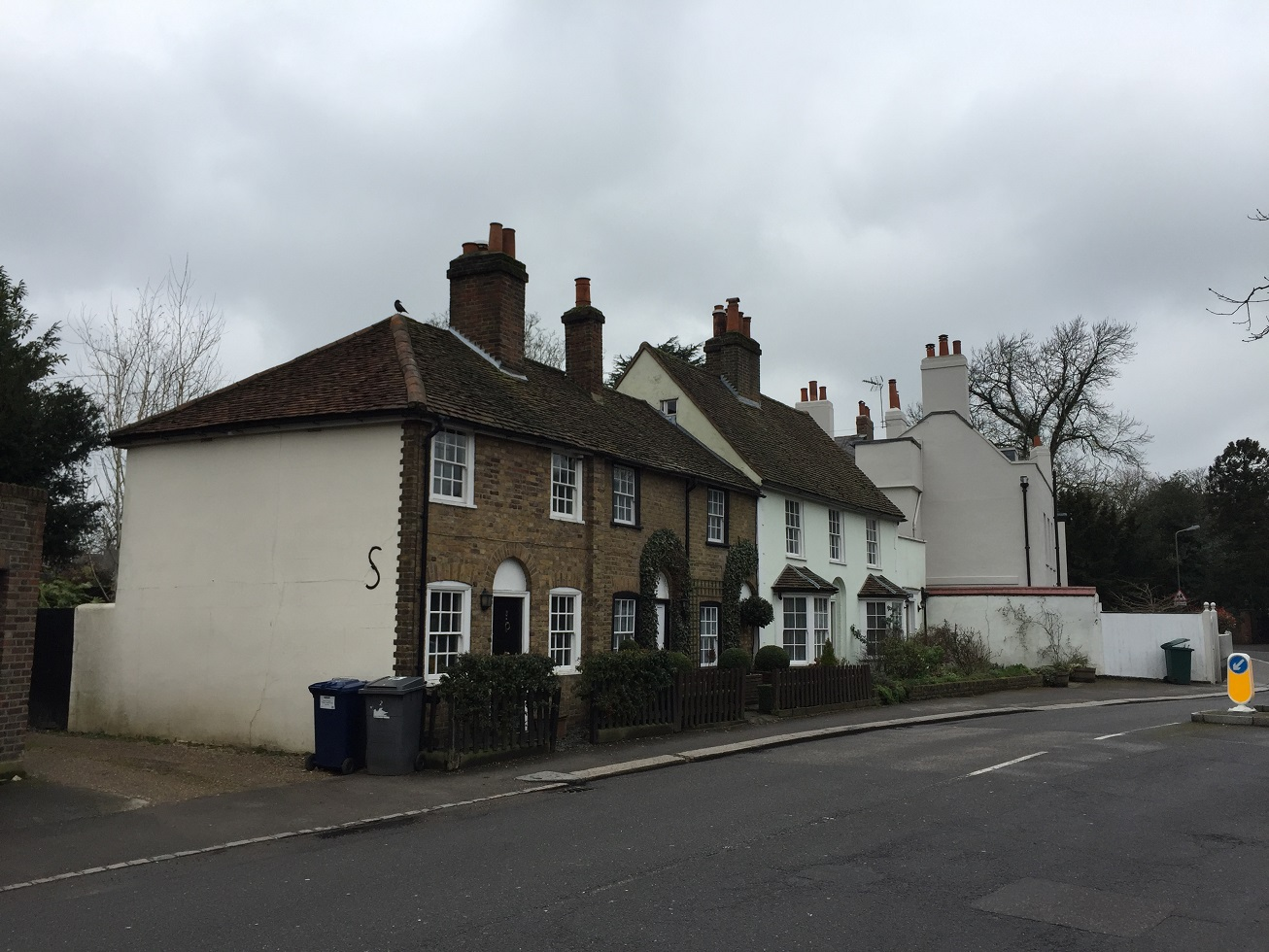 Houses on Hadley Common, EN5