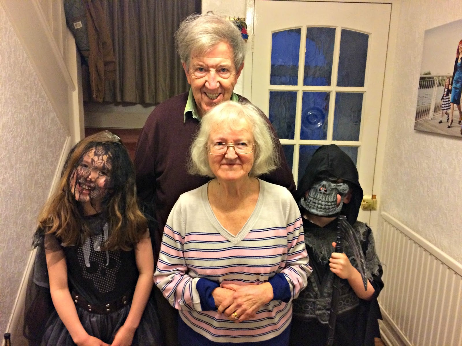 Hobbis children with Taid and Nain Brooks, Halloween 2016
