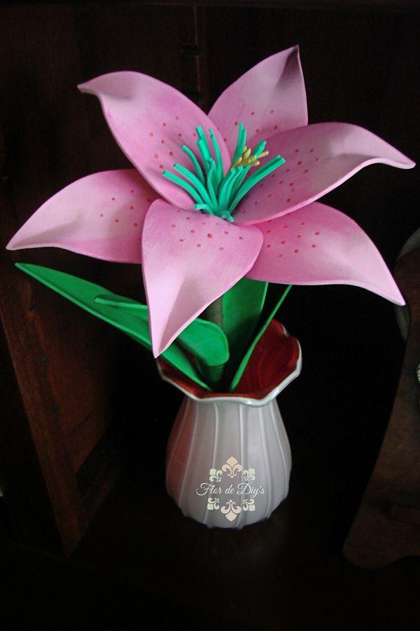 lirio-rosa-en-goma-eva-flor-de-diys