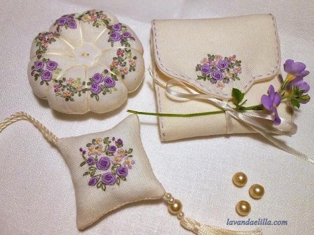 igielniki haftowane