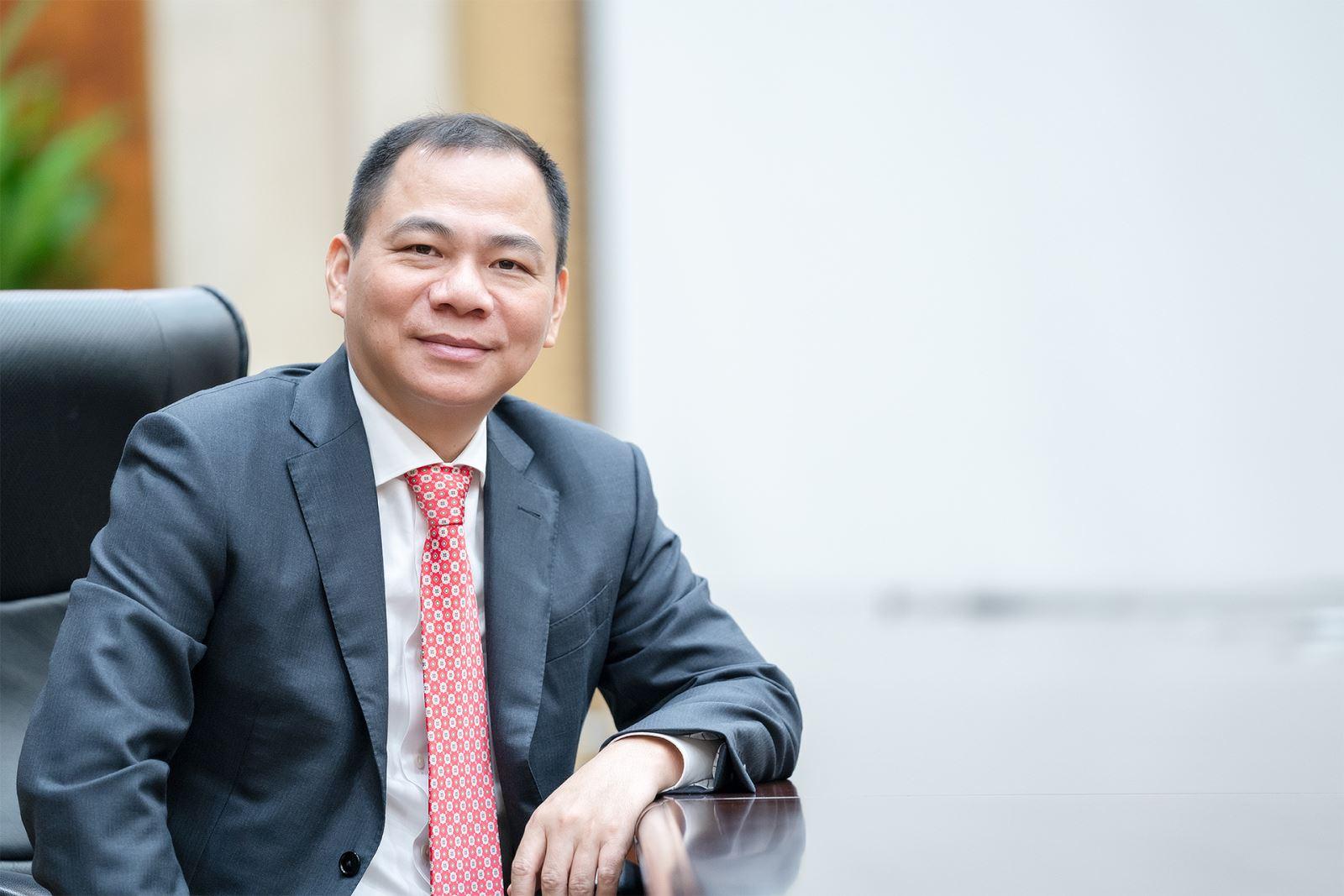 Tỷ phú Phạm Nhật Vượng là đại diện Việt Nam duy nhất lọt 'bảng vàng' Forbes về đóng góp chống Covid-19
