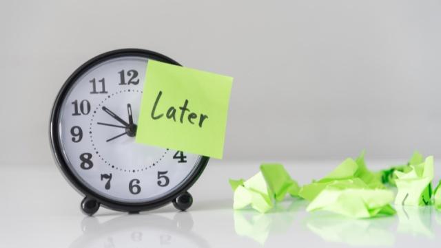 Prokrastinasi Akademik (Pengertian, Aspek, Ciri, Jenis dan Faktor Penyebab)