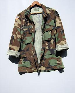 http://www.ebay.com/itm/Vtg-US-Camo-Military-Jacket-Shirt-Woodland-Grunge-Combat-Hunt-Camouflage-Punk-M-/302019361520?hash=item4651c1baf0:g:Z-UAAOSwj2dXj5CB