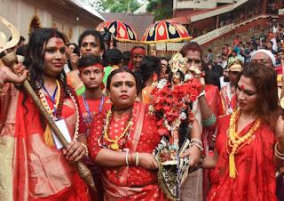 picture of devotees in Ambubachi festivals