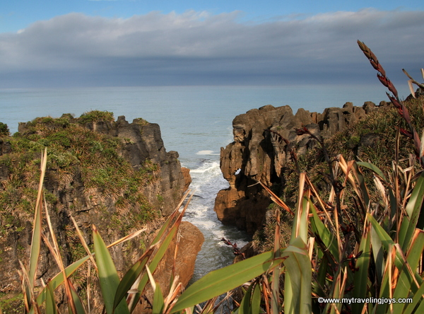 What the heck are pancake rocks in new zealand my traveling joys so you have this small section of the western coastline that looks like stacked pancakes ccuart Image collections