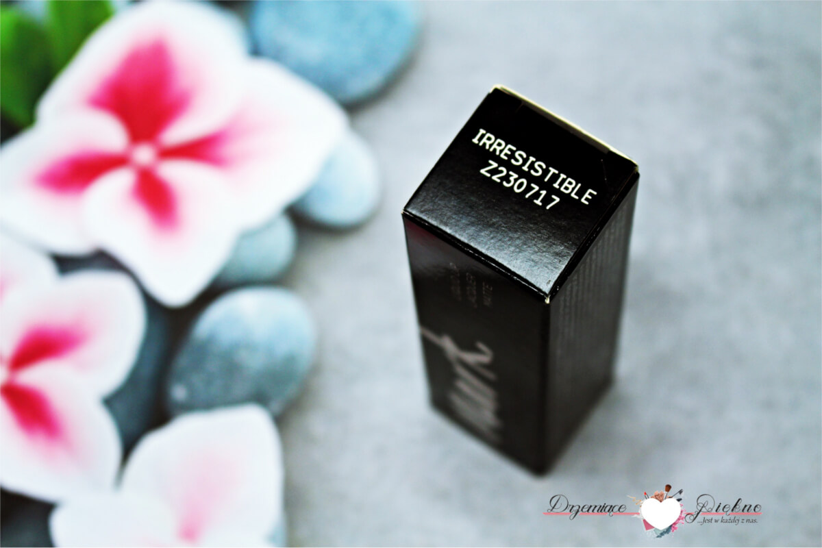 Avon Mark Liquid Lip Lacquer Matte Irresistible - Matowa szminka w płynie