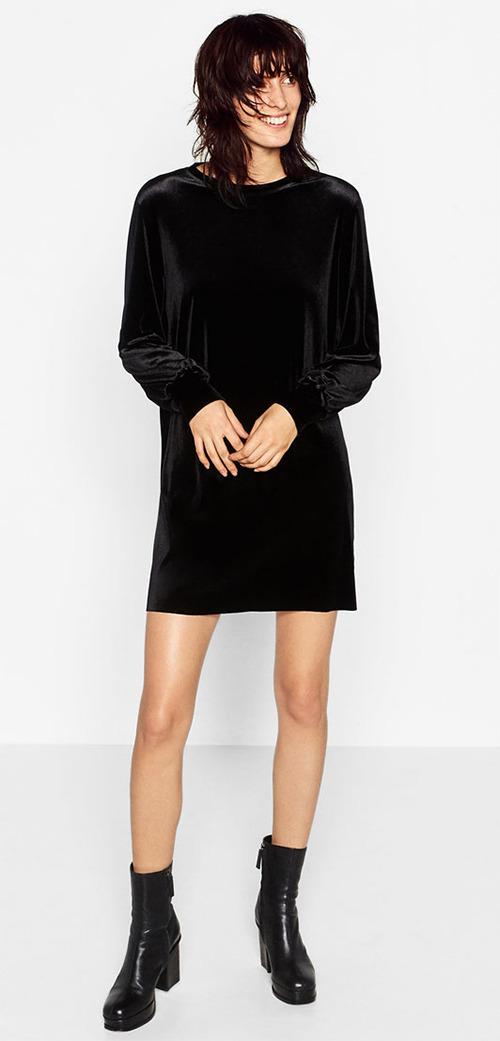 Robe courte noire manches longues en velours Zara