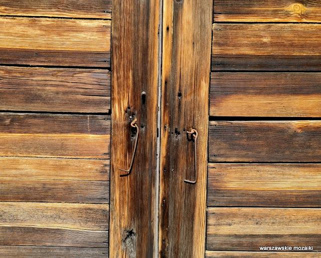 Warszawa Warsaw Targówek drewniak dom drewniany architektura drewniana zabytek  architecture deski