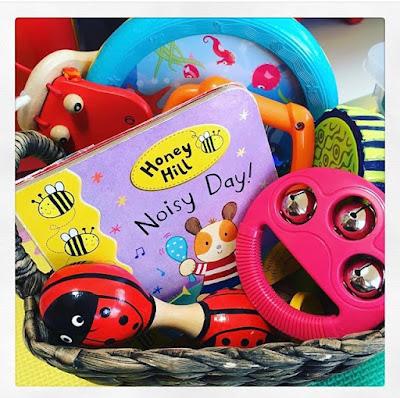"<img src=""noisy day story basket.png"" alt=""musical instruments basket"">"
