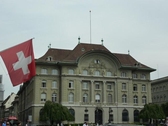 Ελβετία: Ένταλμα σύλληψης για δυο Τούρκους διπλωμάτες