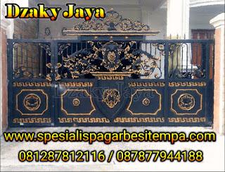 model pintu gerbang besi tempa Jakarta Barat