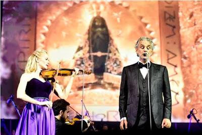 Andrea Bocelli e convidados em apresentação no Santuário Nacional em 2016 - Thiago Leon / Santuário Nacional