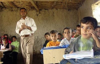 """ميسان تعلن انهاء ملف """"المدارس الطينية"""" وتؤكد حاجتها إلى أكثر من 400 مدرسة"""