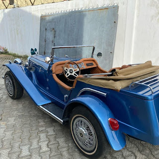 Kunle Afolayan Acquires New Whip