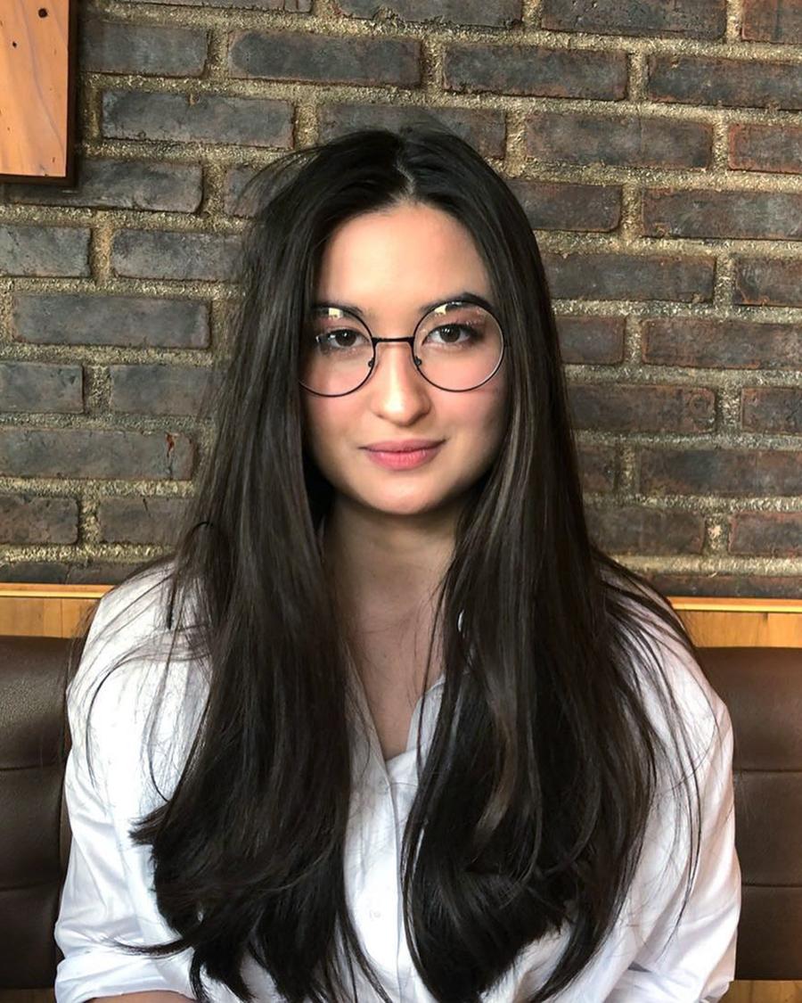 Stephanie Poetri kulit mulus indah manis