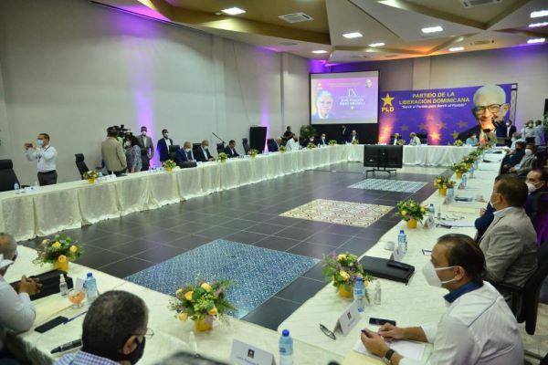 Comité político del PLD analiza la propuesta reducir fondos a partidos