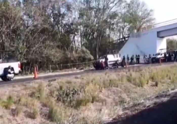 Periodista queda atrapado durante enfrentamiento entre sicarios y oficiales de la Fuerza Civil en Veracruz que dejó 2 abatidos y 3 lesionados