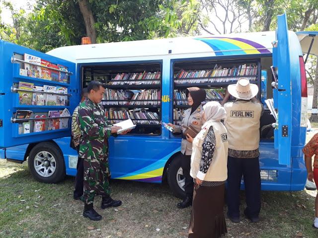 Pustakawan Berkarya Mewujudkan Perpustakaan Berbasis Inkulasi Sosial
