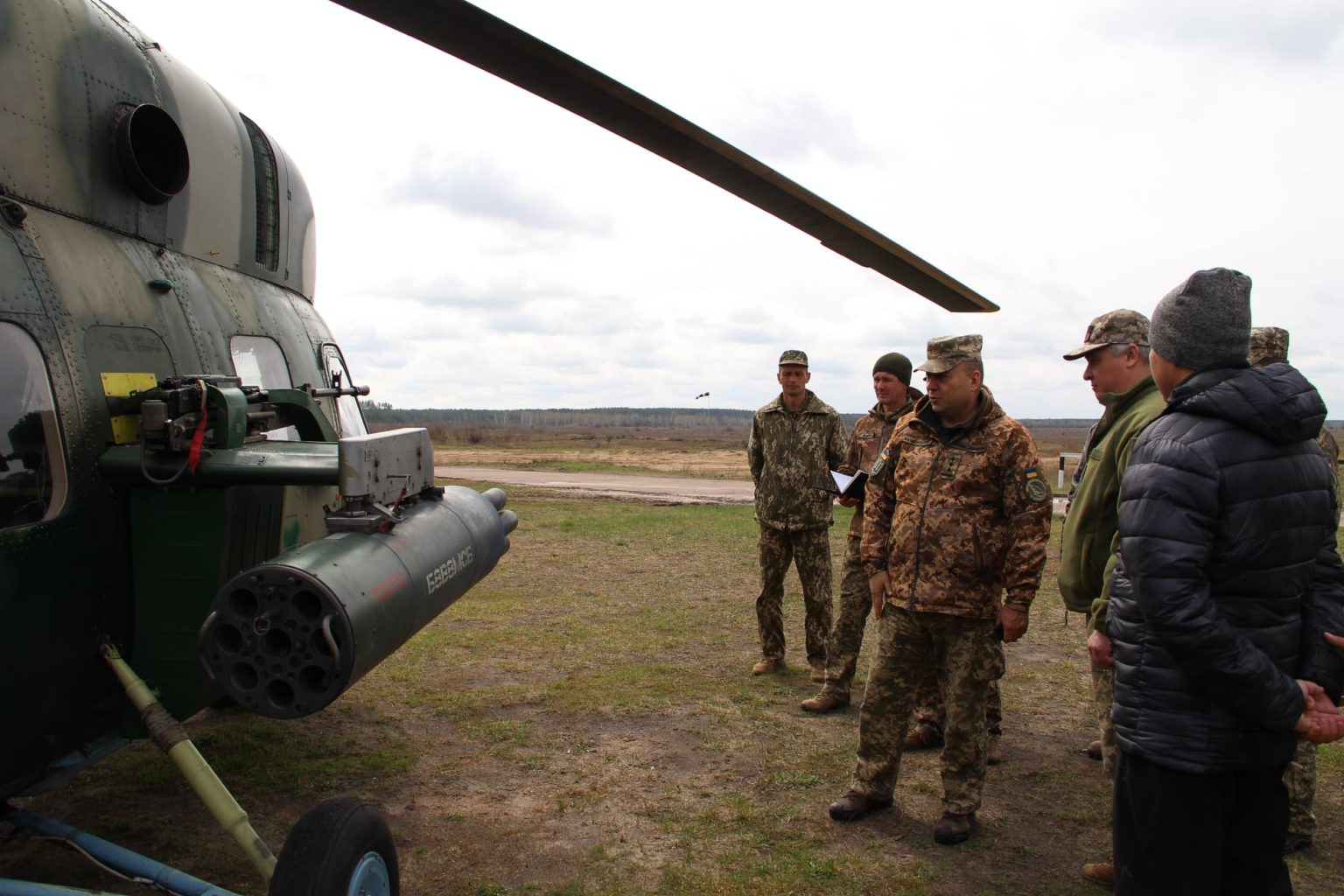 Озброєний кулеметом Мі-2МСБ буде боротися з БпЛА
