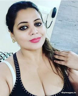 indian hot girl selfie pics Navel Queens