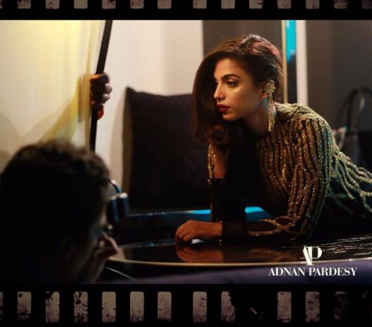 Pakistani Actress Sonya Hussain Extremely Bold & Hot Photoshoot for Magazine