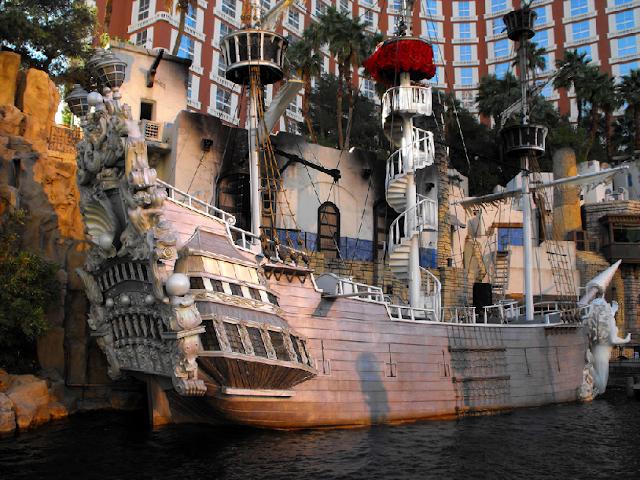 Cenários do Treasure Island em Las Vegas
