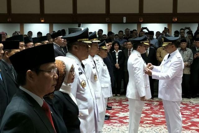 Hot News: Anies Melaporkan Kepada Jokowi Atas Pejabat Yang Diberhentikan