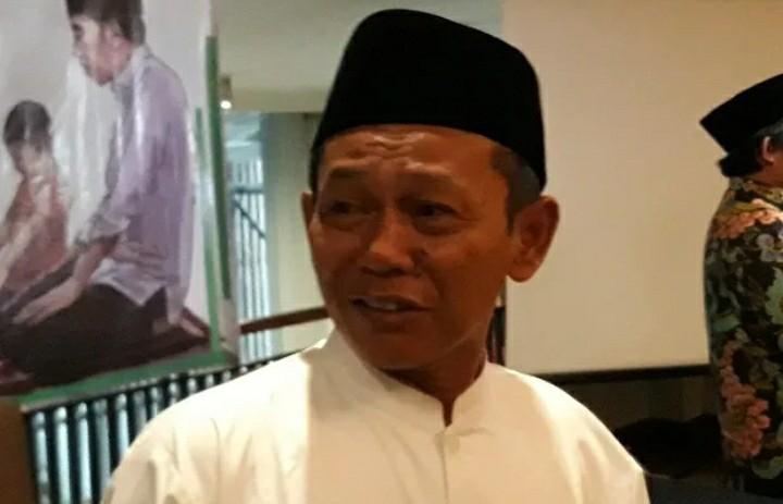 Jokowi Belum Pernah Jadi Imam Sholat