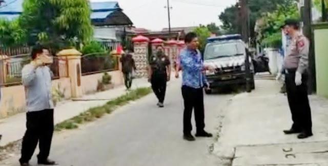 Anggota DPRD Ribut dengan Polisi, Sesumbar Telan Corona, Lihat Videonya