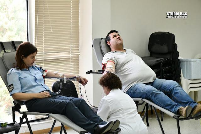 Με μεγάλη προσελευση η εθελοντική αιμοδοσία της Διεθνούς Ένωσης Αστυνομικών Αργολίδας