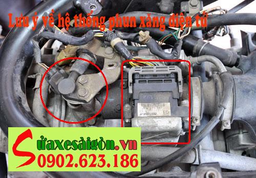 Lưu ý cho xe máy trang bị phun xăng điện tử