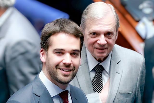 Tasso desiste de prévias do PSDB para apoiar Eduardo Leite, diz colunista