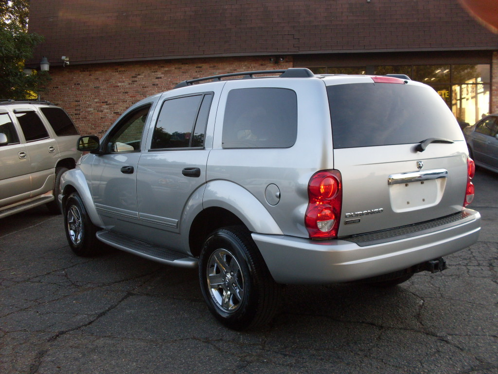 Ride Auto 2004 Dodge Durango Silver
