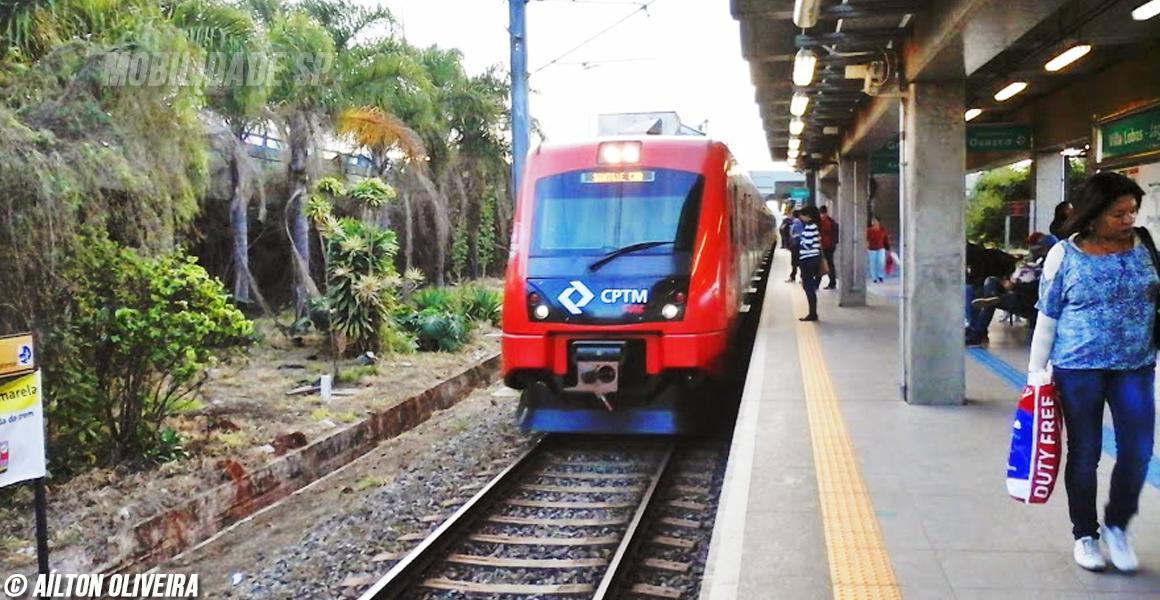 Trem da Linha 8 diamante da CPTM
